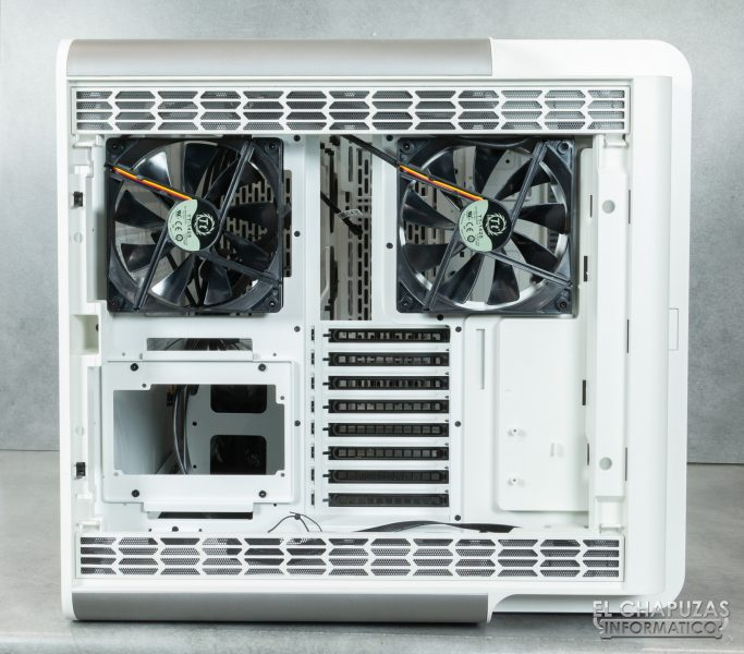 Thermaltake Level 20 HT Snow Edition - Indoor 7