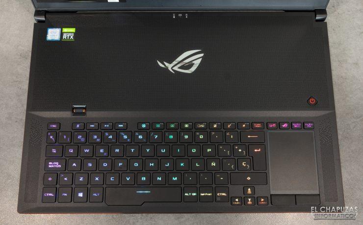 Asus ROG Zephyrus S GX701GXR - Tastiera Aura RGB