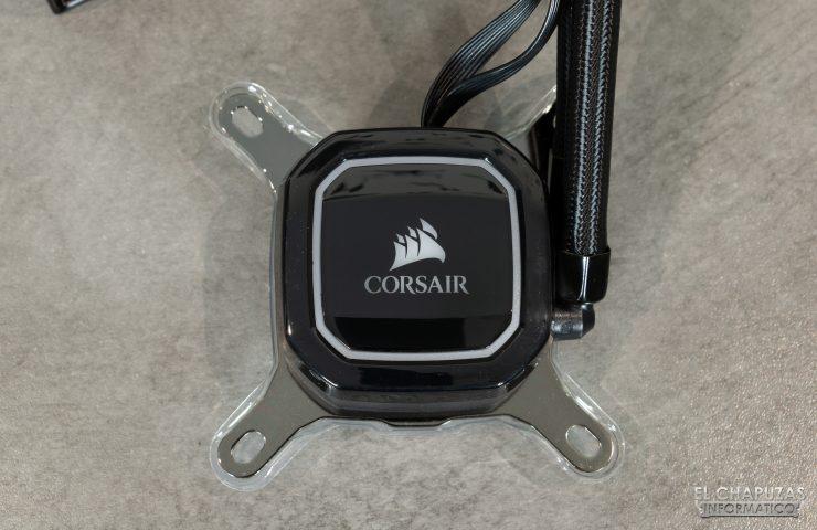 Corsair iCUE H100i RGB Pro XT - Serbatoio RGB indirizzabile