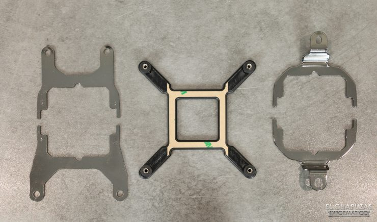 Corsair iCUE H100i RGB Pro XT - Piastre anteriori e posteriori