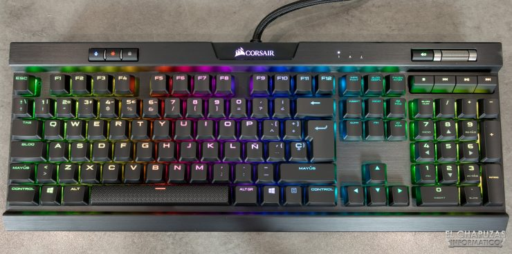 Corsair K70 RGB MK.2 Low Profile - Sin reposamuñecas