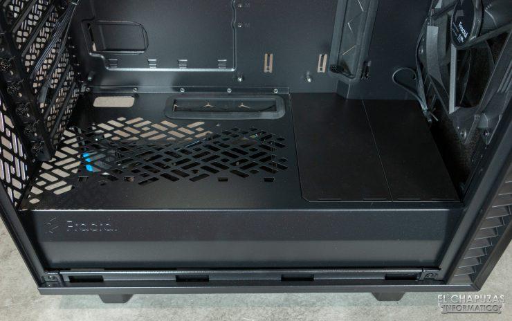 Fractal Define 7 Compact - Interior - Carenado fuente