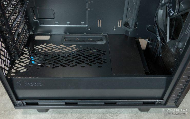 Fractal Define 7 Compact - Interior - Carenado fuente 2