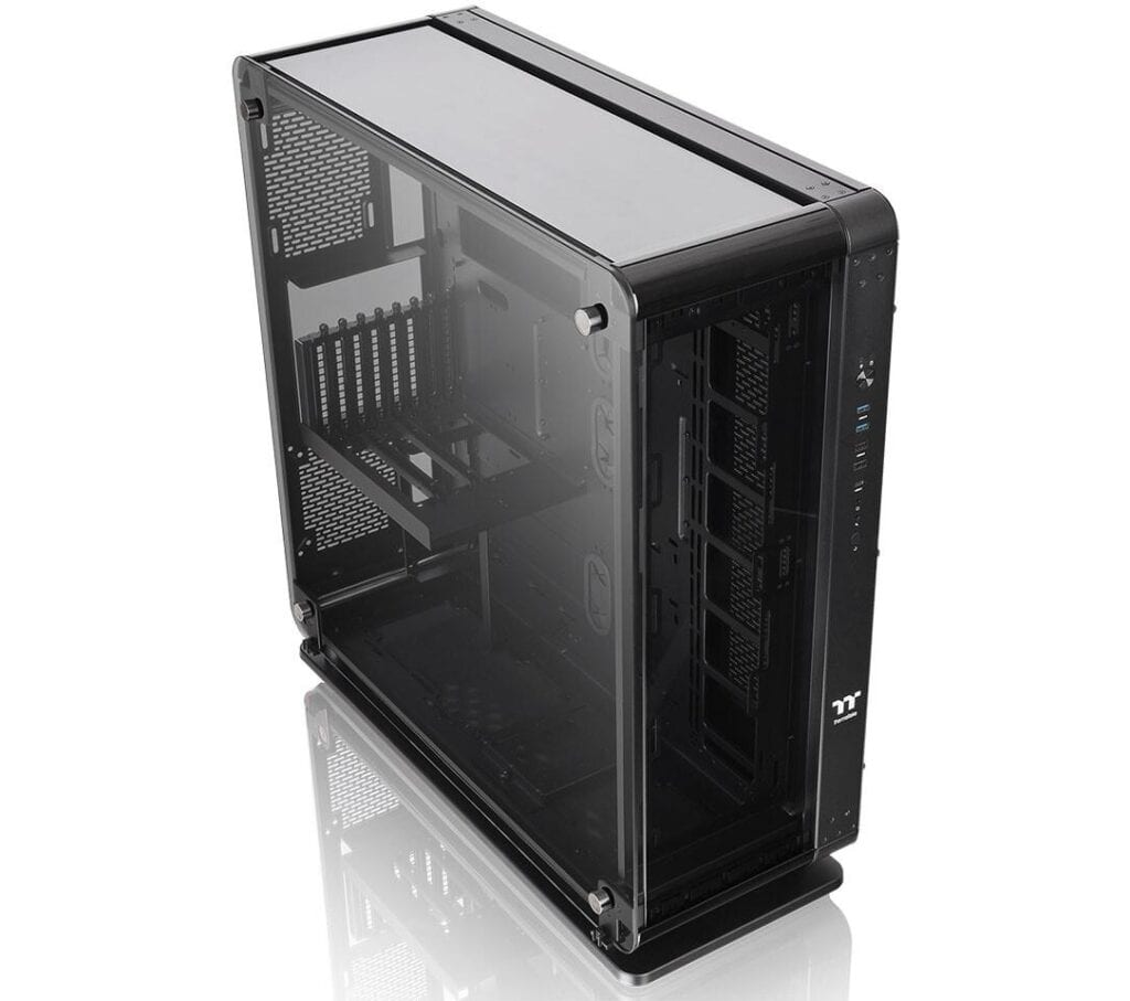 Thermaltake-Core-P8-Vetro Temperato