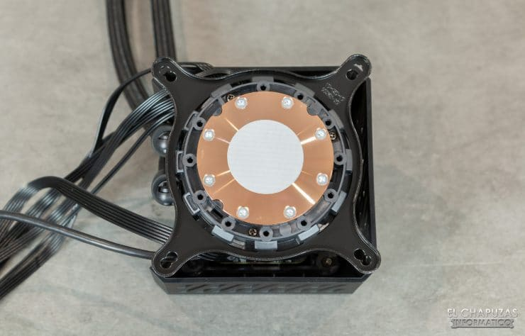 MSI MPG CoreLiquid K360 - Base in rame