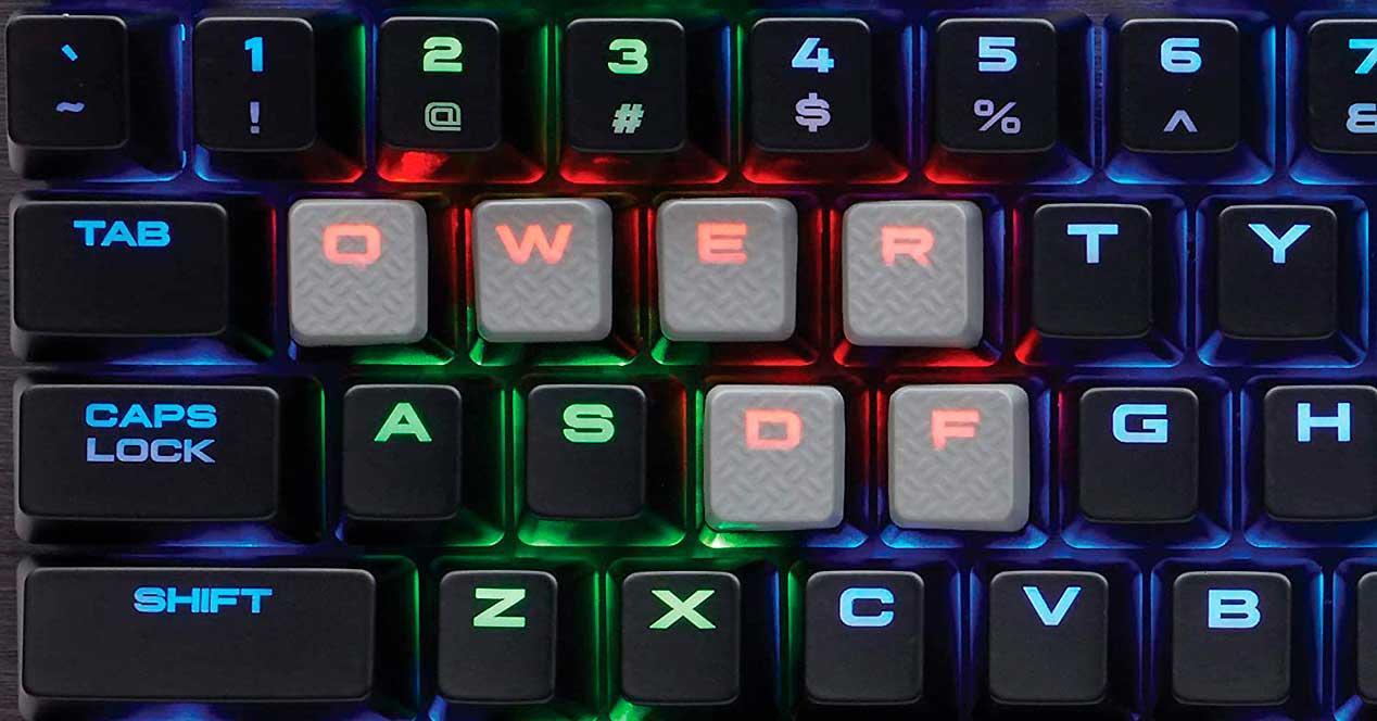 Corsair-K65-RGB-RapidFire