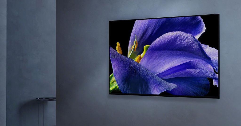 Smart TV Sony KD-55AG9 appesa al muro