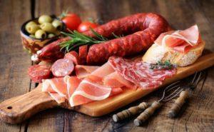 Alimenti contenenti acidi grassi