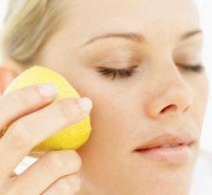 ESEMPI DI ACIDI Acido citrico