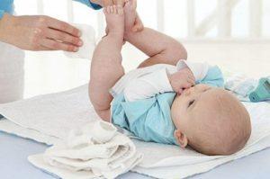 Usi di acido ipocloroso. Irritazione della pelle del bambino